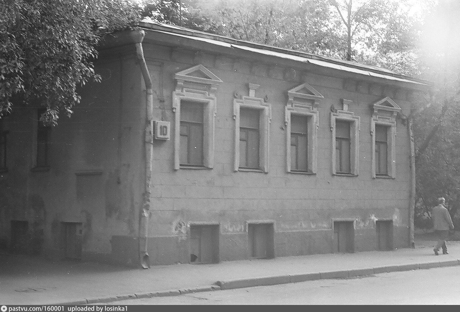 Конюшенный переулок санкт петербург фото света