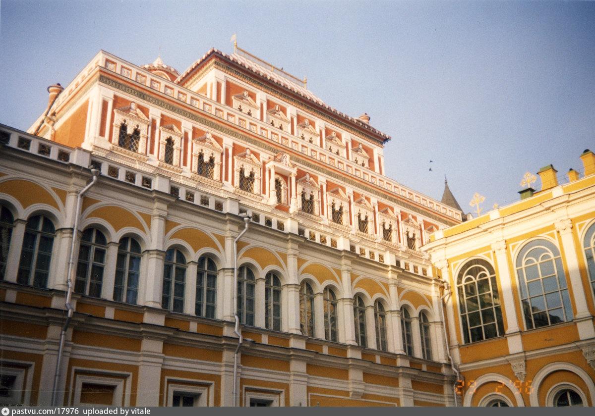 работе фото теремной дворец сирии