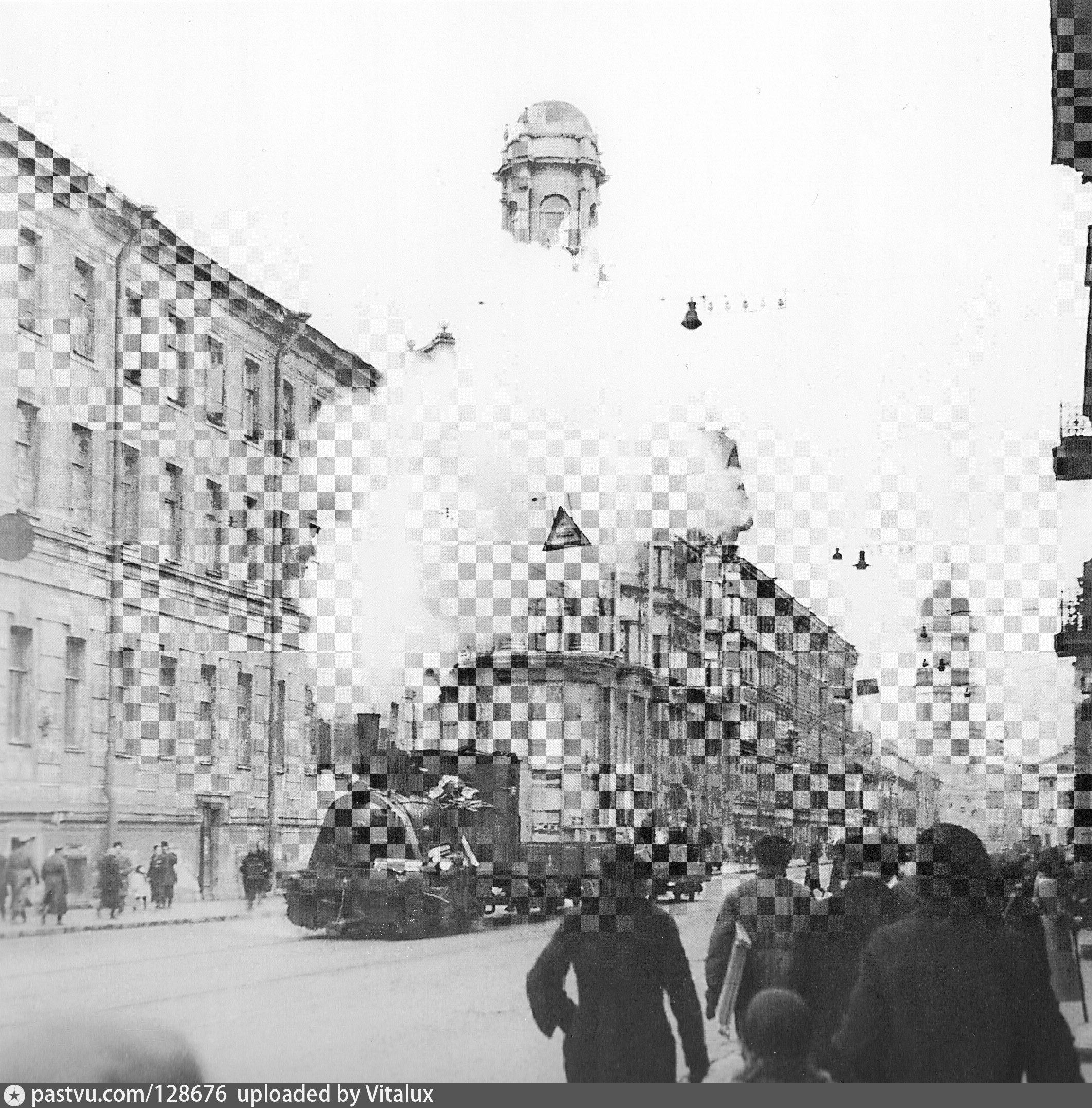 К линии фронта на паровом трамвае через блокадный Ленинград