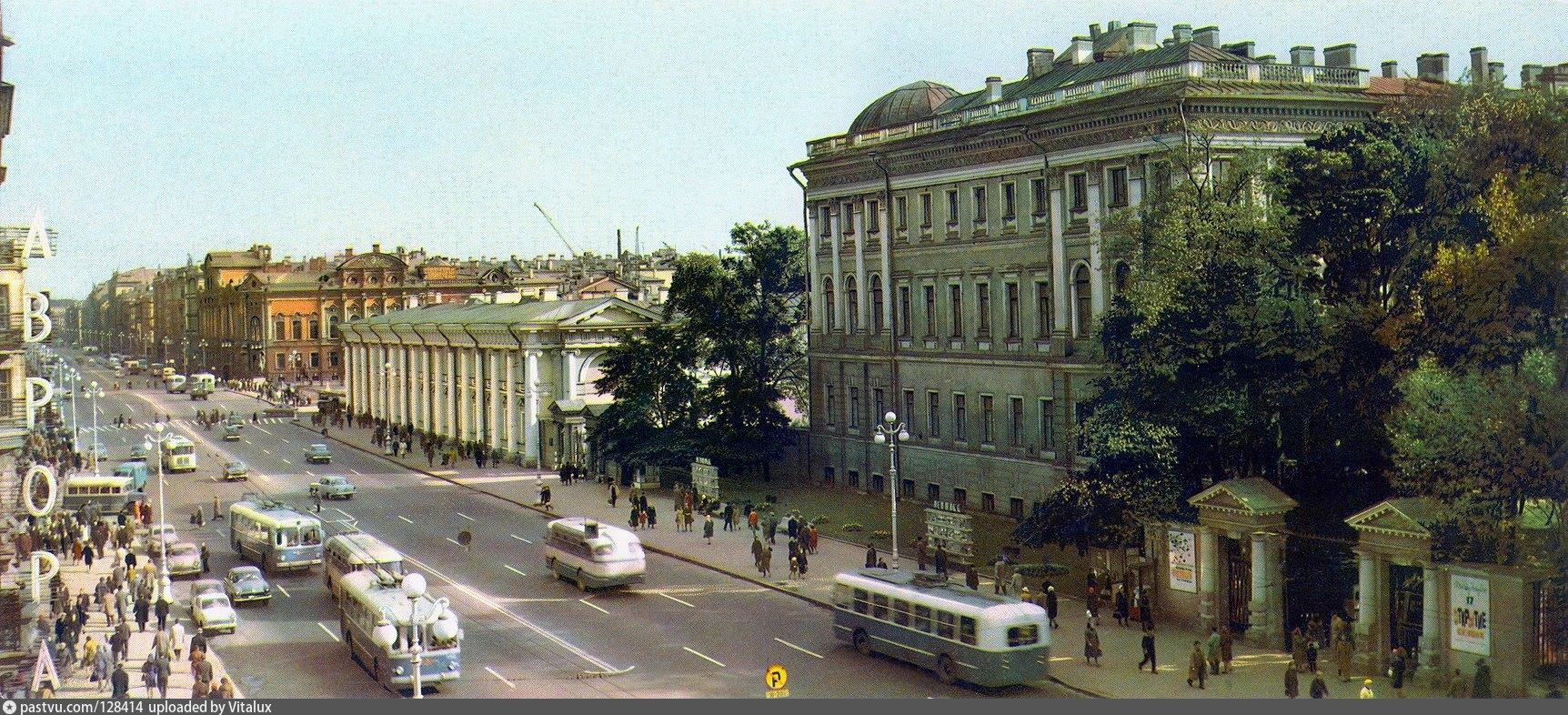 очень старые фото ленинграда бассейном ближайшем