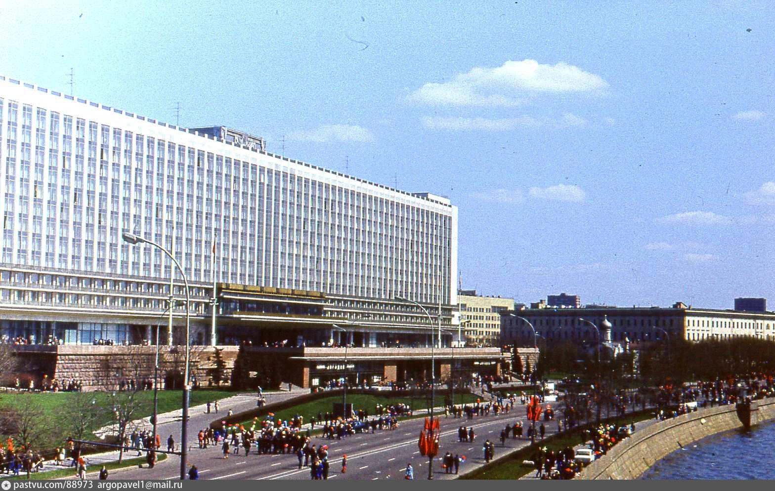 гостиницы россия москва крупные мифологические