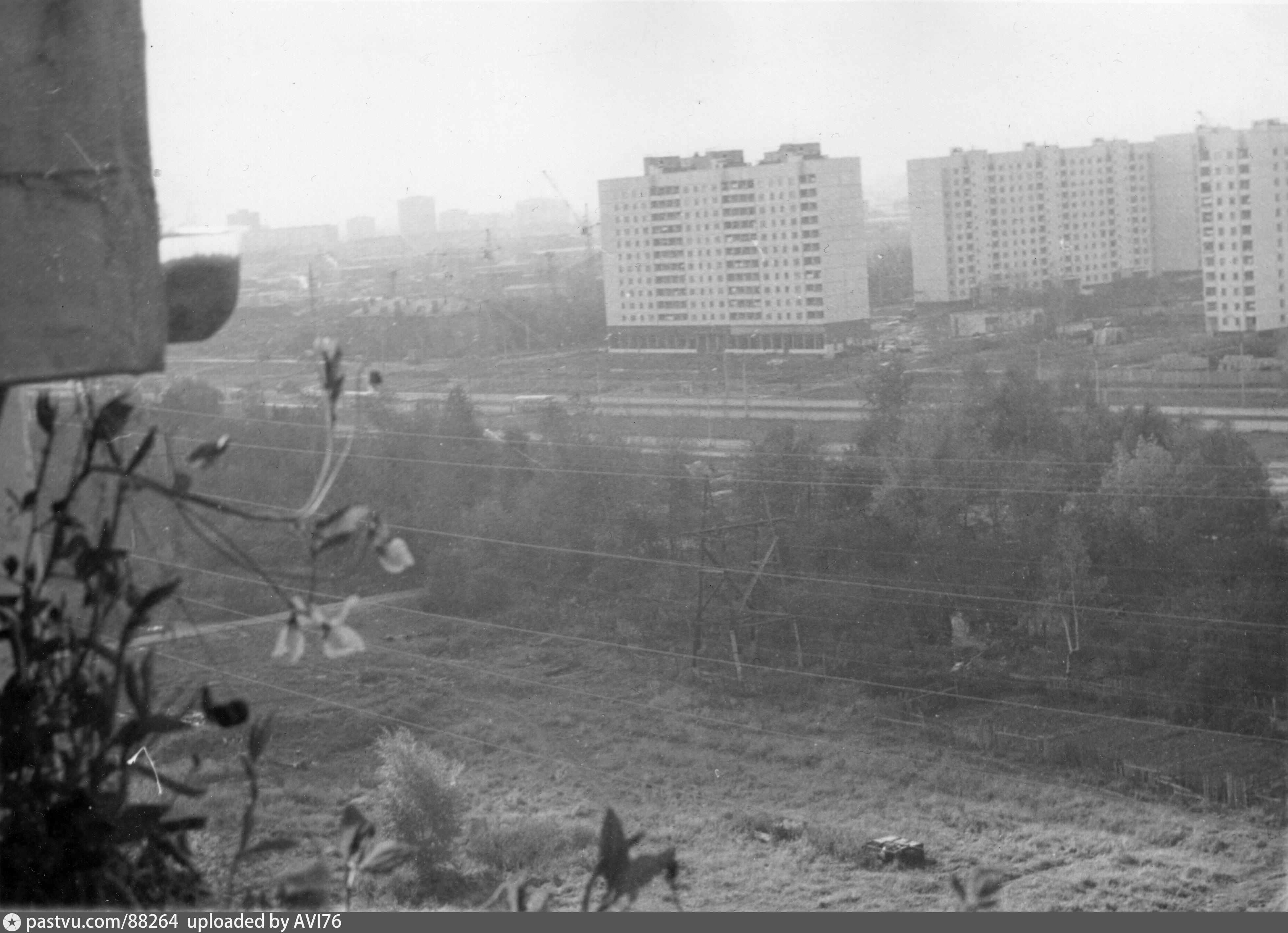 способ старые фотографии москва лианозово темная лестница будет