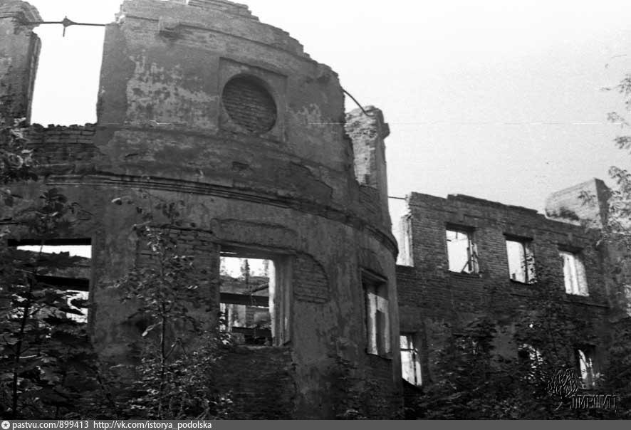 А так она выглядела в 1976 году перед началом реставрационных работ.