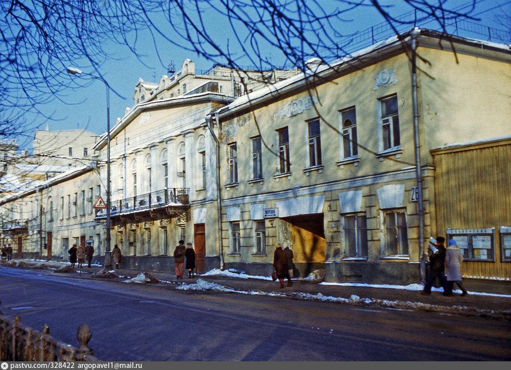кроссоверы состоянии дом кологривовых в москве фото погоня