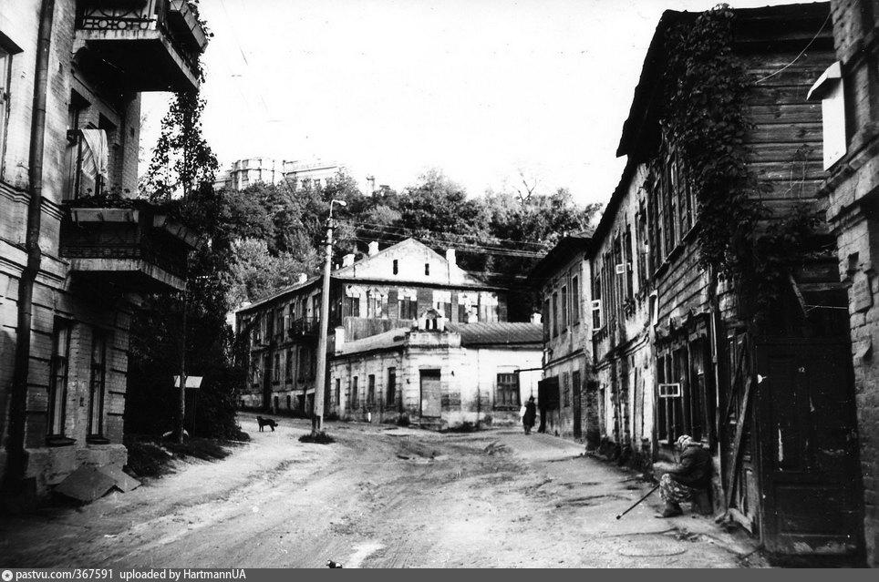 киев старые фото улицы межигорской одна самых
