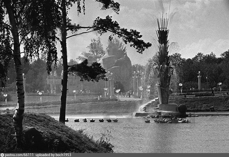 ВСХВ. фонтан «Колос», 1939