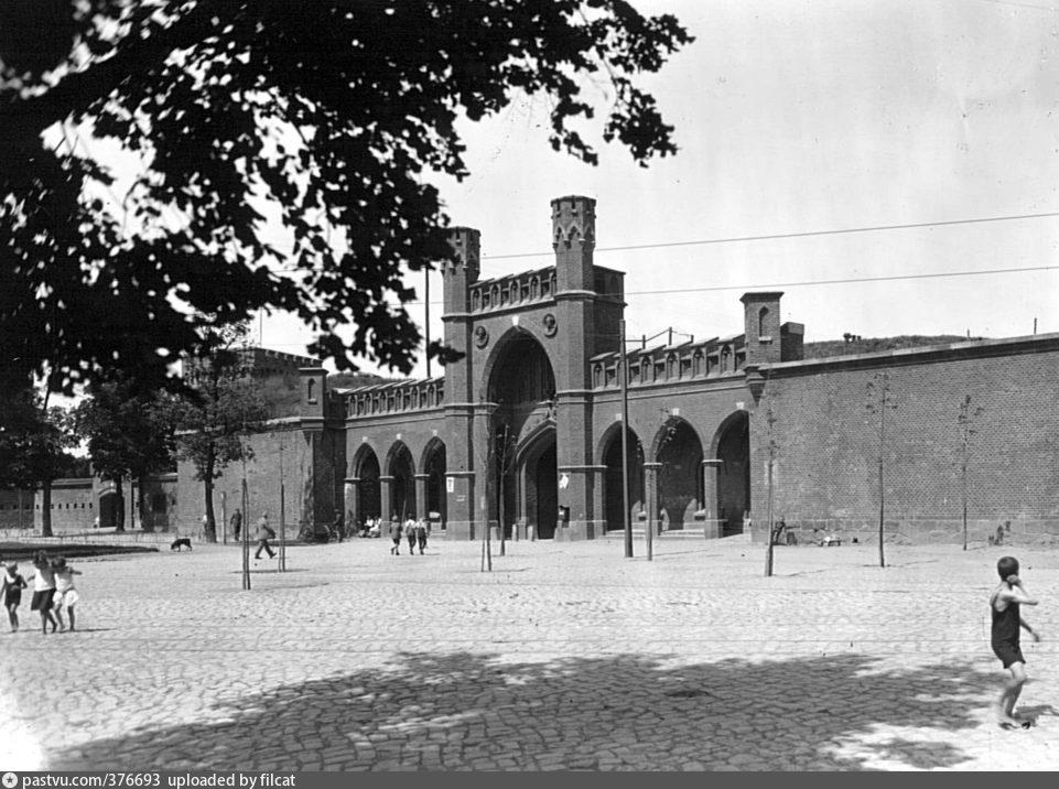 купена росгартенские ворота послевоенные фото дипломная работа