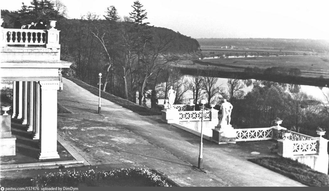 Подмосковье. Архангельское.Вид на Москва-реку от санатория МО, 1950