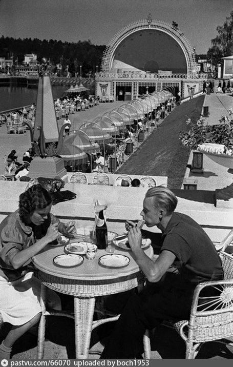 Ресторан Главпиво. ВСХВ, 1954