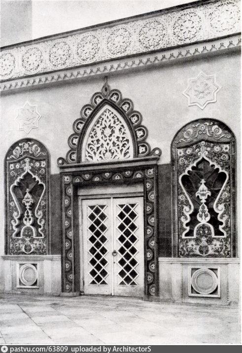 Боковой дворик павильона Татарской АССР. ВСХВ (1954)