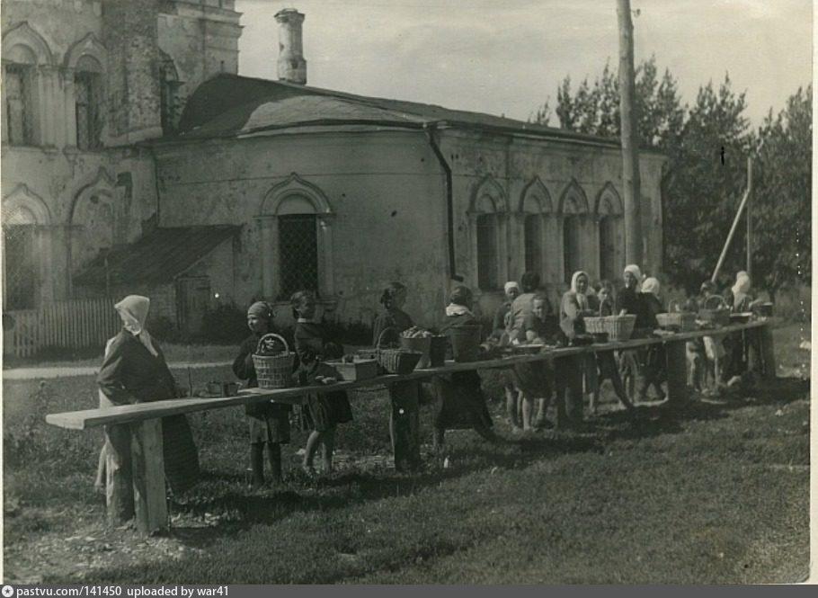 г. РузаТорговые ряды около Воскресенского собора